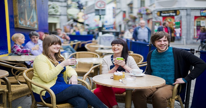 Galway City Council waives fees for Tables and Chairs Licences for Hospitality Sector for 2021
